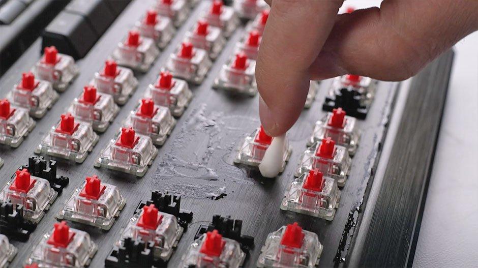 How to Clean a Mechanical Keyboard - q tip keyboard plate